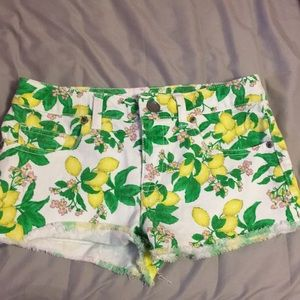 Victoria's Secret lemon shorts size 0